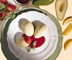 Avocadocreme mit Erdbeerpüree
