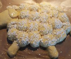 Osterlämmchen aus Hefeteig ..saftig und locker!!