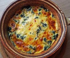Pastinaken-Spinat-Auflauf mit Lachs und Kartoffeln