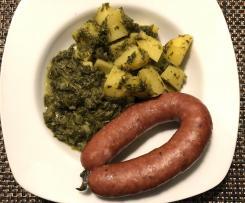 Grünkohl mit Kartoffeln und Würstchen