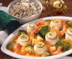 Seezungen Rollen mit Kräutersoße, Broccoli und Reis