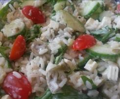 Griechischer Reissalat oder Spaghettisalat