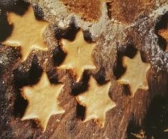 Honigsterne mit Zimtguss