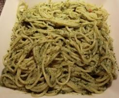 Basilikum Pesto mit Honig