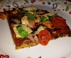 Variation von Low Carb Zucchini-Pizza - mit Chiasamen
