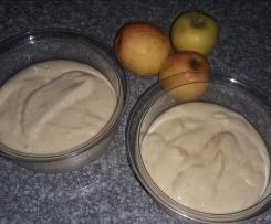 Apfelmus mit Hartweizengrieß...luftig und lecker....aus Russischen Rezeptbuch