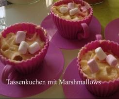 Tassenkuchen mit Marshmallows