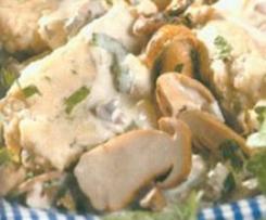 Hähnchen-Champinonpilzragout mit Semmelnocken