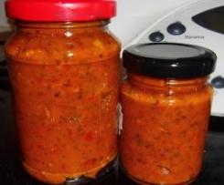 Tomatensoße (mit Paprika und getrockneten Tomaten) auf Vorrat