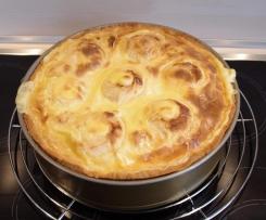 Bratapfelkuchen m. Vanillesauce - einfach & lecker!