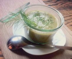 Feine Gurkensuppe (geeignet für Low-Carb-Diät)