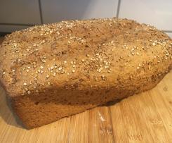 Dinkel-Vollkorn-Haferflocken-Brot