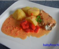 Paprika-Schmand-Schnitzel mit Kartoffeln