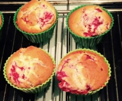 Cream Cheese Himbeer Muffins