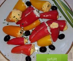Gefüllte Peperoni oder Paprika