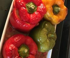 Variation Gefüllte Paprika (Low Carb, Logi) vegetarisch