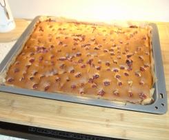 Versunkene Kirschen - schneller Kirsch-Marzipan-Blechkuchen