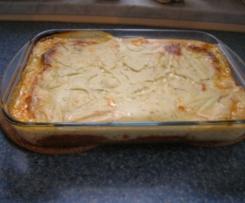 Cannelloni mit Hackfleischfüllung und Tomatensoße