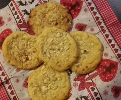 Cashewcookies mit weißer Schokolade
