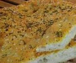 Knoblauch-Kräuter-Focaccia, schnell