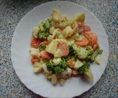 Gemüse-Kartoffelauflauf in einer Frischkäsesoße