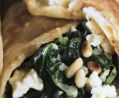Pfannkuchen mit Spinatfüllung