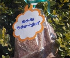Erdbeer-Joghurt Milch-Mix-Getränk (Kakaopulver)