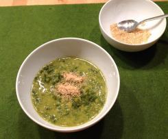 Grünkohlsuppe mit kokosmilch