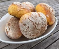 """Süßkartoffel-Brötchen """"Bolo di Caco"""""""