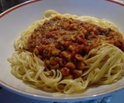 Spaghetti mit Krabben in Tomatensauce