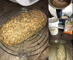 Low Carb Brot (vegan) mit Kruste