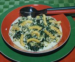 Spinat-Gorgonzola-Nudeln