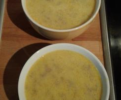 Zucchinicremesuppe mit Rinderhackfleisch
