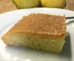 Lemon Drizzle Cake (nach einem Video der youtuberin 'thermiliscious'