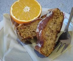 Saftiger Orangenkuchen mit Mandeln