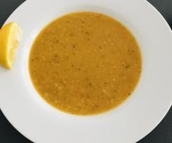 Rote-Linsen-Suppe mit Reis und Bulgur - Ezo Gelin