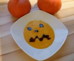 Kürbissuppe ohne Schnickschnack :-) die Beste !! Kürbiscremesuppe