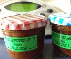 Tomaten-Walnuß-Pesto