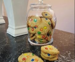 """Cookie mit Schokolinsen aus """"Das Backbuch"""""""