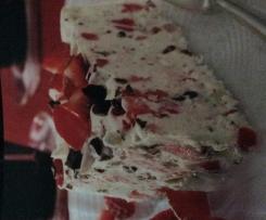 Leichte Schokoladige Erdbeereis-Torte