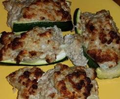 gefüllte Zucchini Low Carb mit Feta