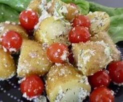 Kartoffelsalat mit Tomaten und Pesto - Star auf jeder Grillfete