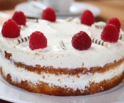 Vanille-Quark-Torte mit Himbeeren