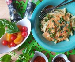 Pasta mit Tomaten-Pfirsich-Ingwer-Sauce