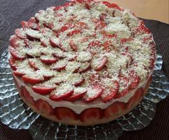 Käsesahne mit Erdbeeren