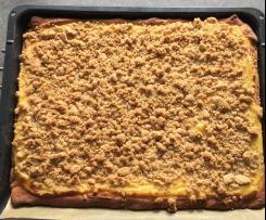Streuselkuchen vom Blech mit Puddingfüllung