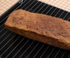 Karotten-Mandel-Brot