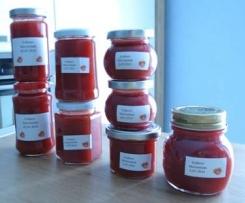 Erdbeermarmelade mit Butter