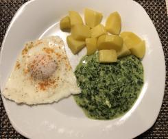 Kartoffeln mit Spiegelei und Spinat