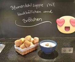 Variation Blumenkohlsuppe mit Hackbällchen